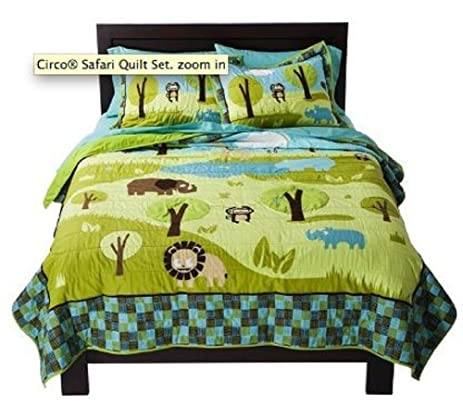 Amazon.com: Circo Quilt and Sham Set Wild Safari (Green, Full ... : circo quilt - Adamdwight.com