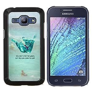 KLONGSHOP // Cubierta de piel con cierre a presión Shell trasero duro de goma Protección Caso - mano fría texto signo de surf playa de tipo - Samsung Galaxy J1 J100 //