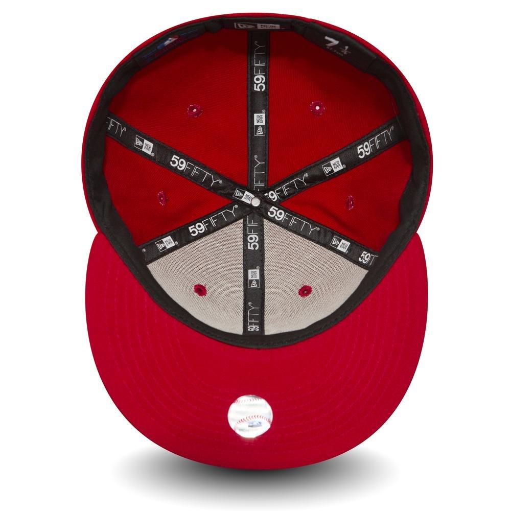 346eb8bc0ab Amazon.com   New Era 59Fifty Fitted Cap - MLB New York Yankees   Clothing