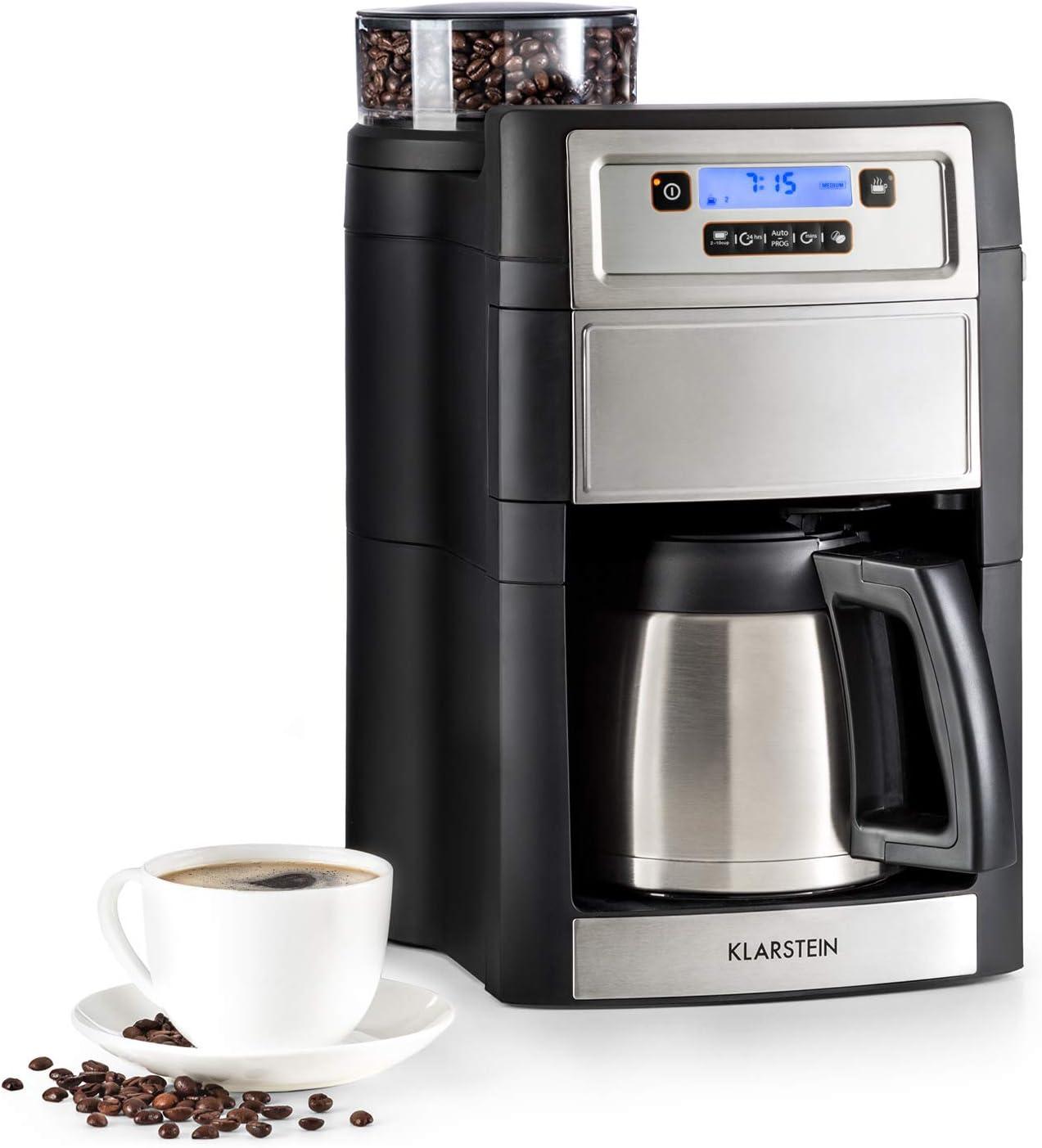 Die Kaffeemaschine mit Mahlwerk und Thermoskanne nimmt sehr viel Platz ein
