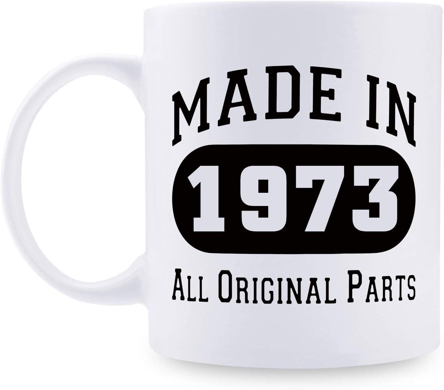 Regalos de cumpleaños 46 para hombres, regalo de cumpleaños de 1973 para hombres, regalo de 46 años de edad, taza de café para papá, marido, amigo, hermano, él, colega, compañero de trabajo – 11 oz