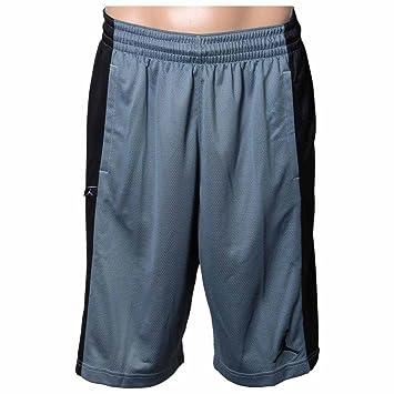 the best attitude ab878 a8dcb Nike Takeover Short - Pantalón Corto Línea Michael Jordan para Hombre  Amazon.es Deportes y aire libre