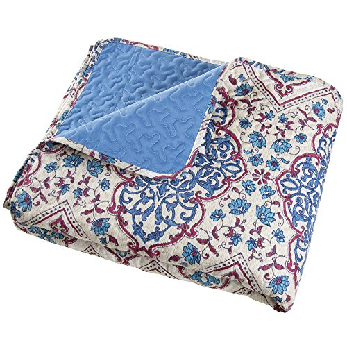 Abstractly Printed Damask Pattern Quilted Blanket Bedspread