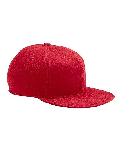 c9fd4700ca0c8 Flexfit Yupoong Men s 210 Fitted Flat Bill Cap  Amazon.ca  Clothing ...