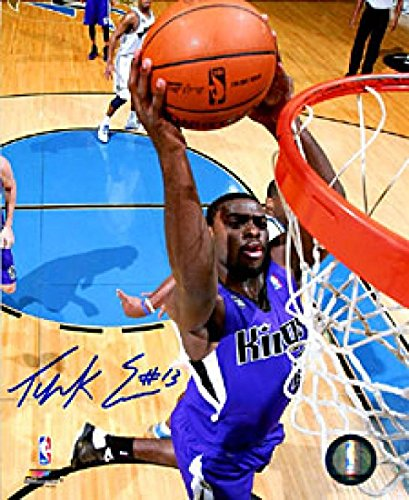Tyreke Evans Autographed Photo - 8x10 Jsa - Autographed NBA Photos (Photo Tyreke Evans)