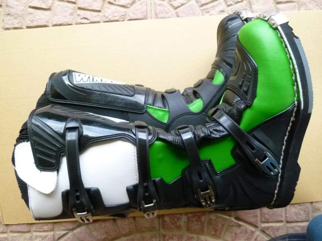 WinNet Stivali per Moto da Cross Enduro Fuoristrada Motocross 45 EU