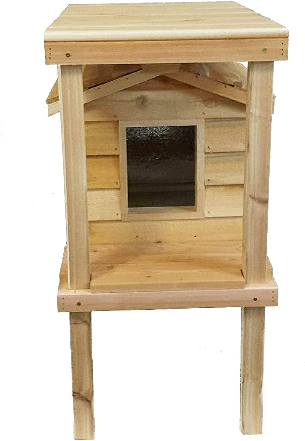 Small Insulated Cat House with Platform and Loft
