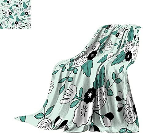 Amazon Com Bojoodecor Floral Fleece Blankets Beautiful Floral Pattern Green Leaves White And Black Flowers Illustration All Seasons Fuzzy Blanket For Sofa Bed 62 X 60 Home Kitchen