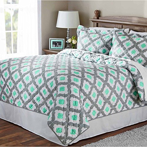 Mainstays Mint Ogee Quilt, King