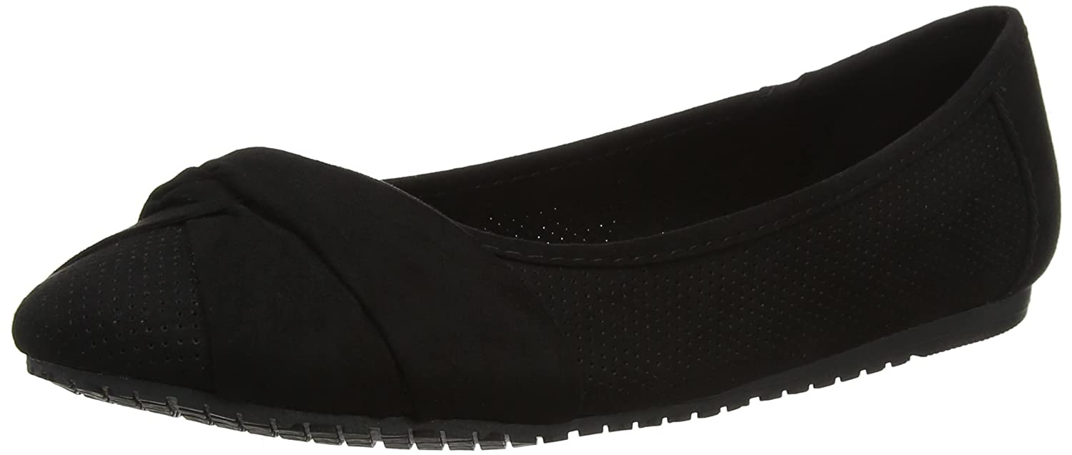 Womens Ramona Closed Toe Ballet Flats EVANS