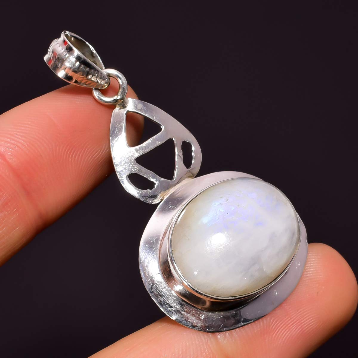 Mughal Gems /& Jewellery 925 Sterling Silver Pendant Natural Rainbow Moonstone Oval Gemstone Ethnic Style Handmade Jewelry for Women /& Girls Pendant 1.9 ZP-102