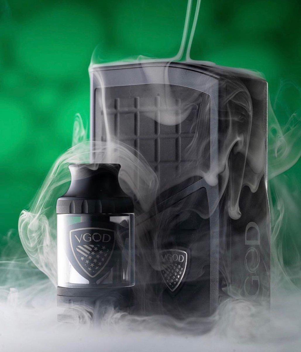 Auténtico VGOD Pro 200 Box Mod Kit, VGOD Pro Mod con Pro SubTank - TPD Complaint (no Nicotina): Amazon.es: Salud y cuidado personal