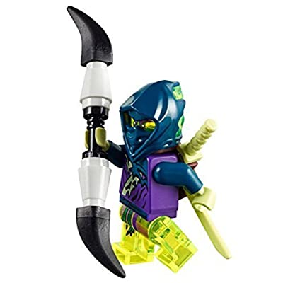 LEGO Ninjago Ghost Warrior Yokai minifigure with double spear and katanas by LEGO: Juguetes y juegos