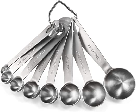 Set of 4 Measuring Spoons:1//4 Tsp.,1//2 Tsp,1 Tsp /& 1 Tbsp.-Silver Heart Shapes