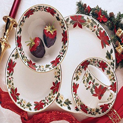 Gibson Poinsettia Holiday Dinnerware Set 20 Piece