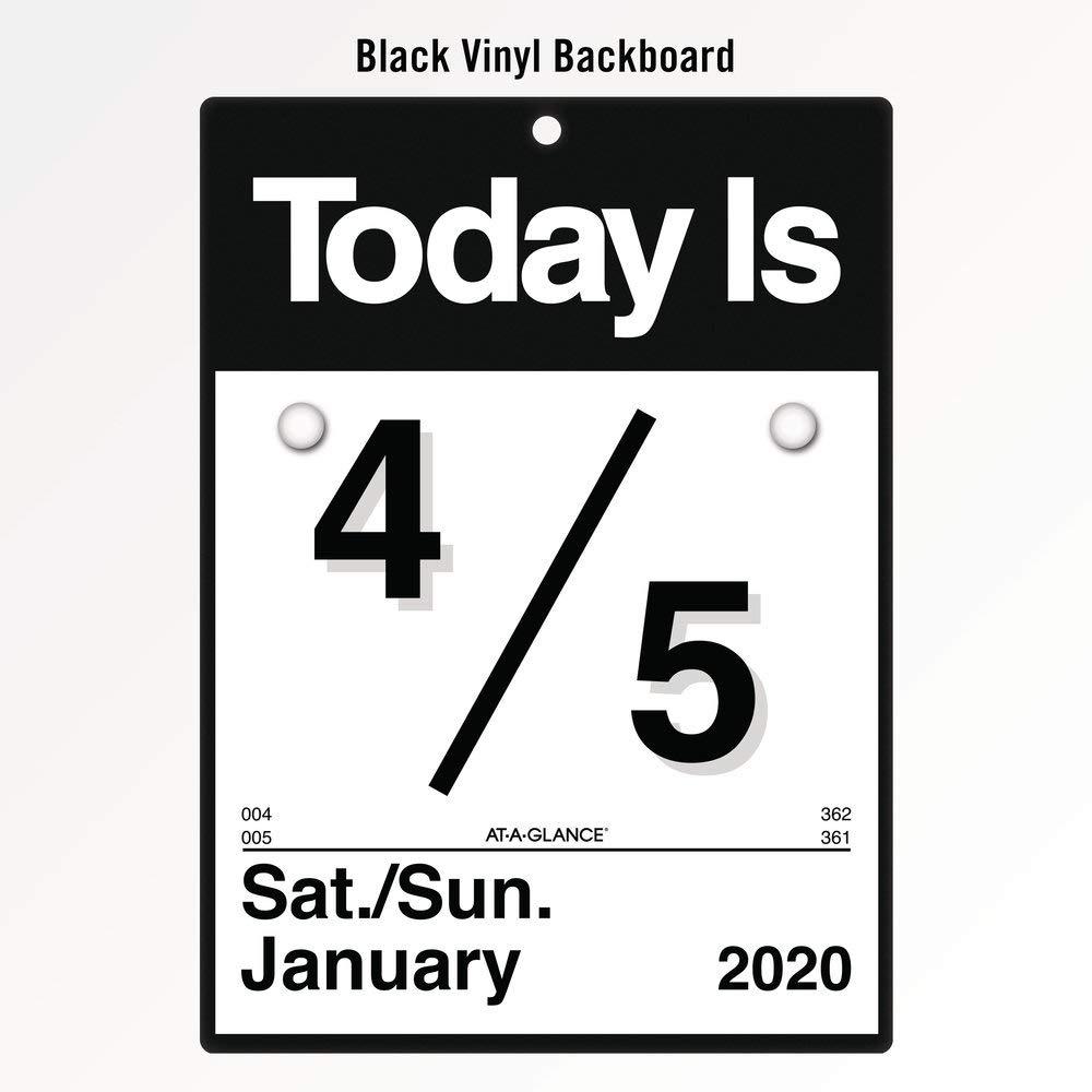 Amazon.com: AT-A-GLANCE - Calendario diario de pared 2020 ...