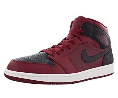 new style a1800 31c50 Amazon.com   Nike Men s Air Jordan 1 Mid Basketball Shoe   Basketball