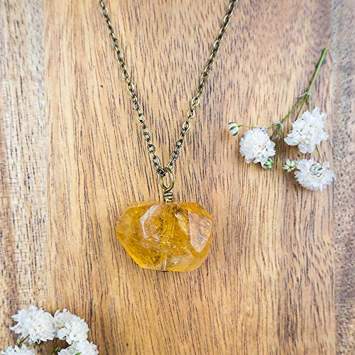- Chunky citrine nugget crystal pendant necklace in bronze - 18