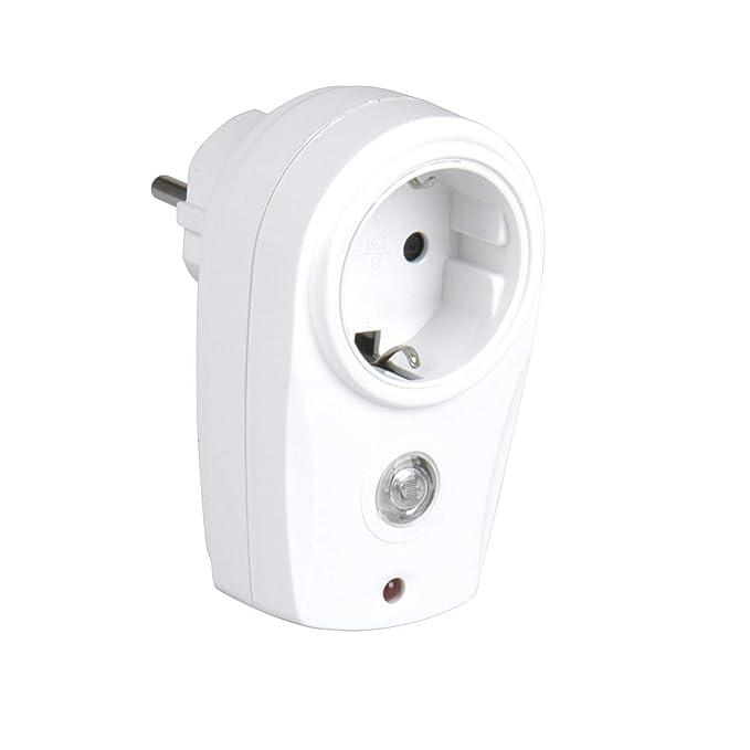 27 opinioni per uniTEC 47536- Adattatore con sensore crepuscolare