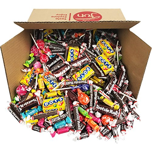 Trick or Treat Halloween Candy Variety Pack Mixed Assortment Bulk Value (96 oz)
