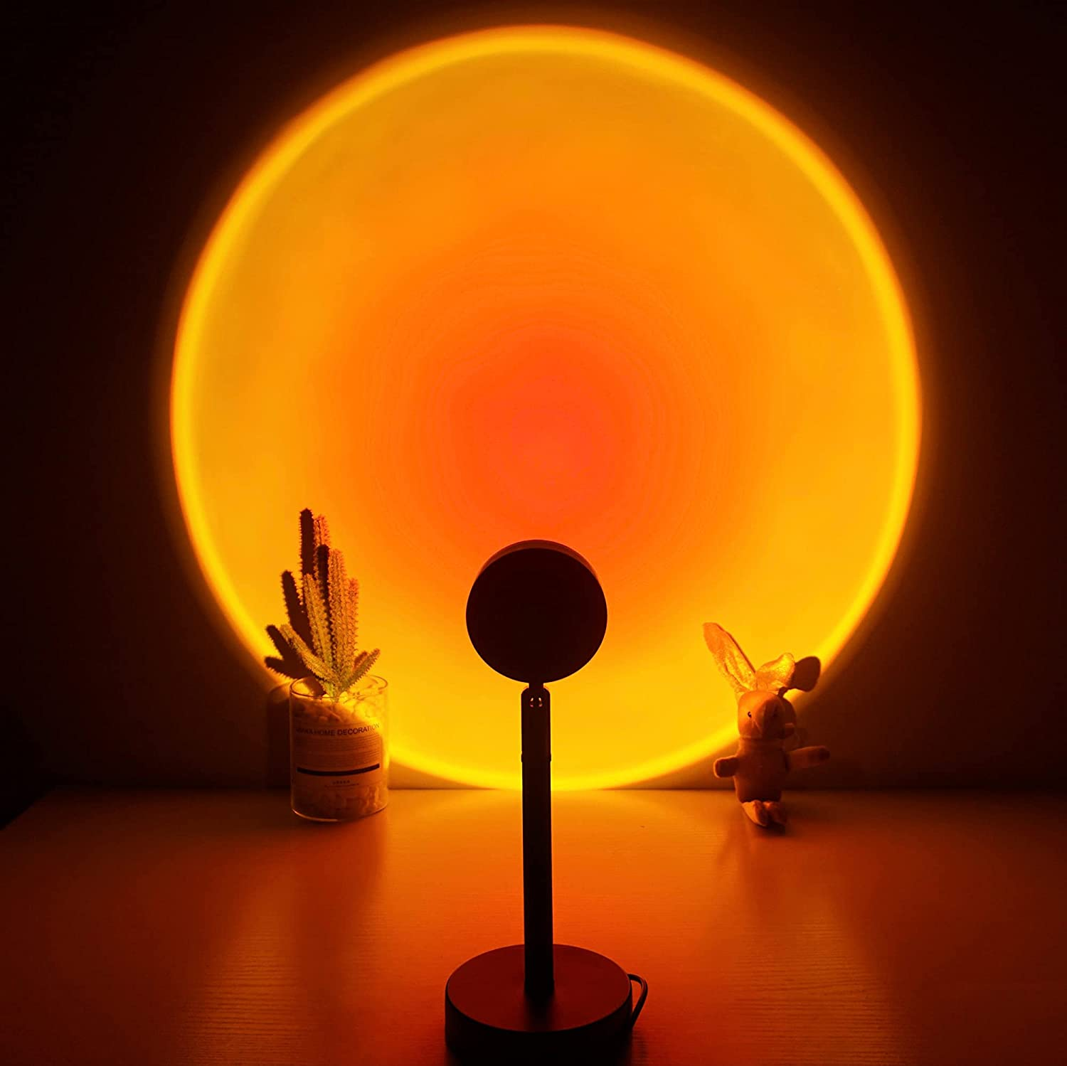 Sunset Lamp, Projector Sunset Light 180 Degree Rotation Projection Led Night Light for Photography/Selfie/Home/Living Room/Bedroom Decor, USB Charging (Sunset Red)