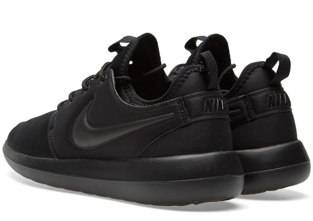 hot sale online c9671 e0d6b Galleon - Nike Roshe Two 2 Womens Black 844931-004 (6)