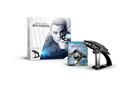 Star Trek Into Darkness Starfleet Phaser Limited Edition Gift Set Blu-ray 3D Combo Pack: Amazon.es: Chris Pine, Zachary Quinto, Leonard Nimoy, Eric Bana, Bruce Greenwood, Karl Urban, Zoe Saldana, Simon Pegg, John