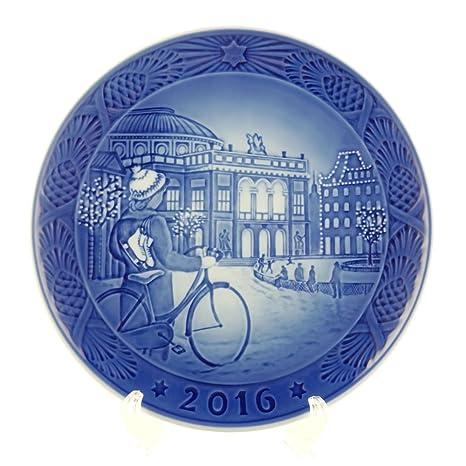Royal Copenhagen Christmas Plates.Royal Copenhagen 1016856 Christmas Plate 2016