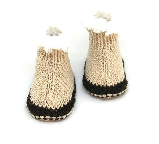 Botines de bebé tejidos a mano, Botines de bebé, Botines de estilo ugg,