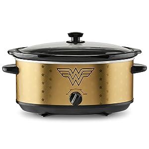 DC Wonder Woman 7-Quart Slow Cooker