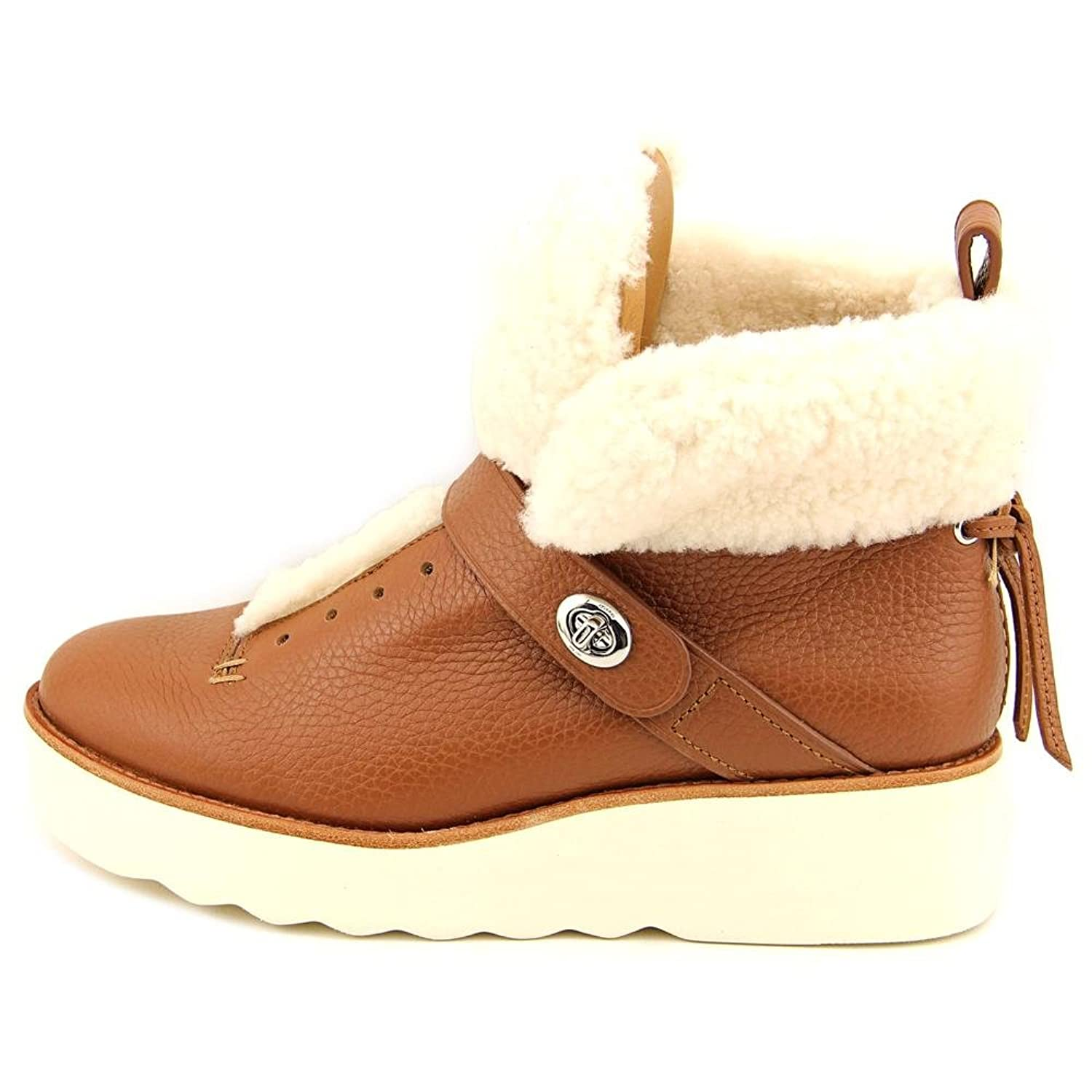 COACH Womens Urban Hiker