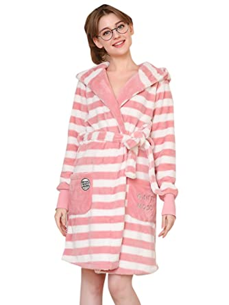 03c4089ee828 Riatiu Flannel Cute Hooded Fleece Long Robes Women Sleepwear Bathrobe Pink  Small