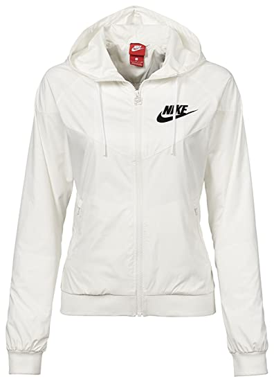 bf60ef800a96 Nike Sportswear Windrunner Women s Jacket at Amazon Women s Clothing ...