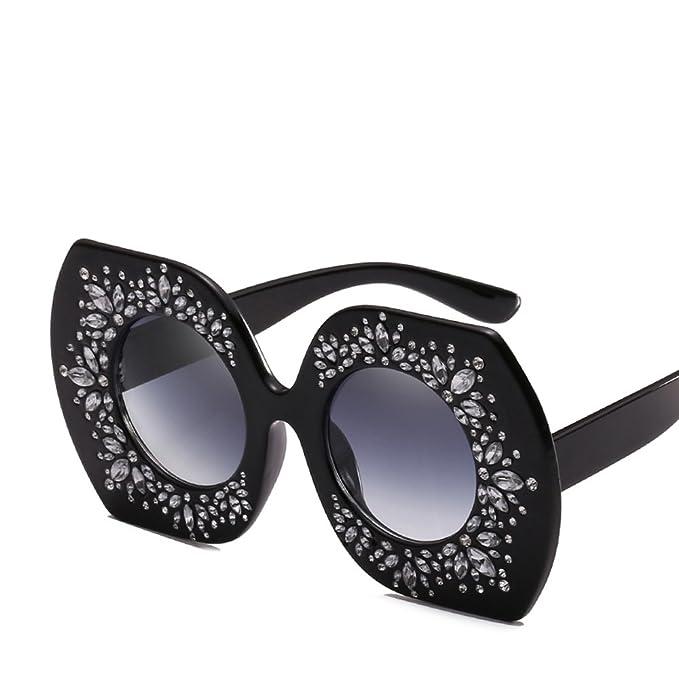 Amazon.com: Rhinestone de gran tamaño anteojos de sol mujer ...