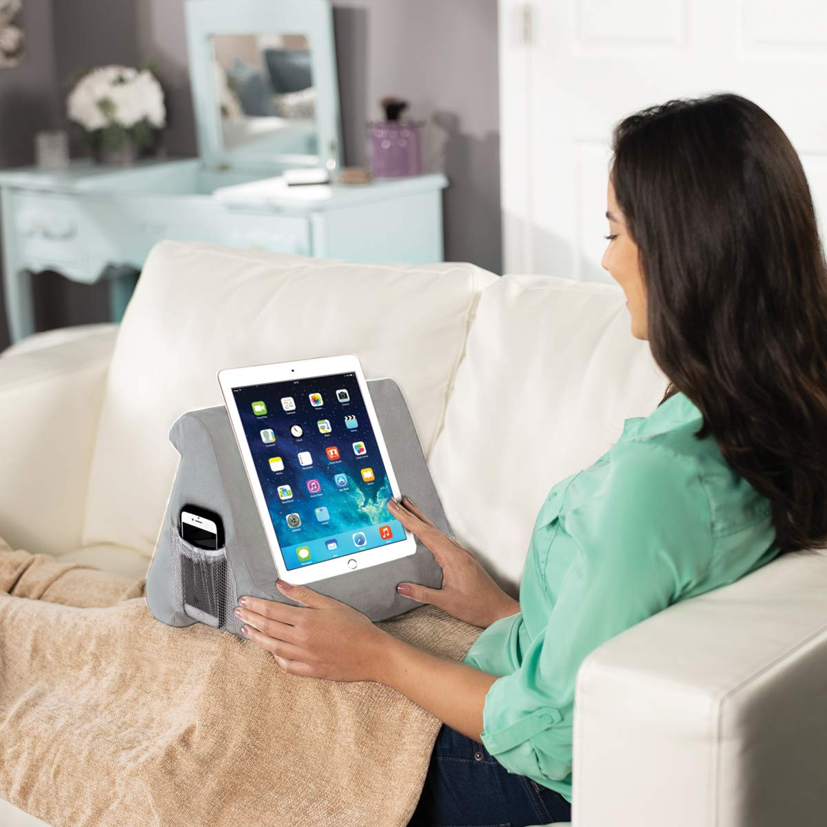 the multi-angle lap-mounted soft tablet JML Pill-O-Pad book and e-reader stand