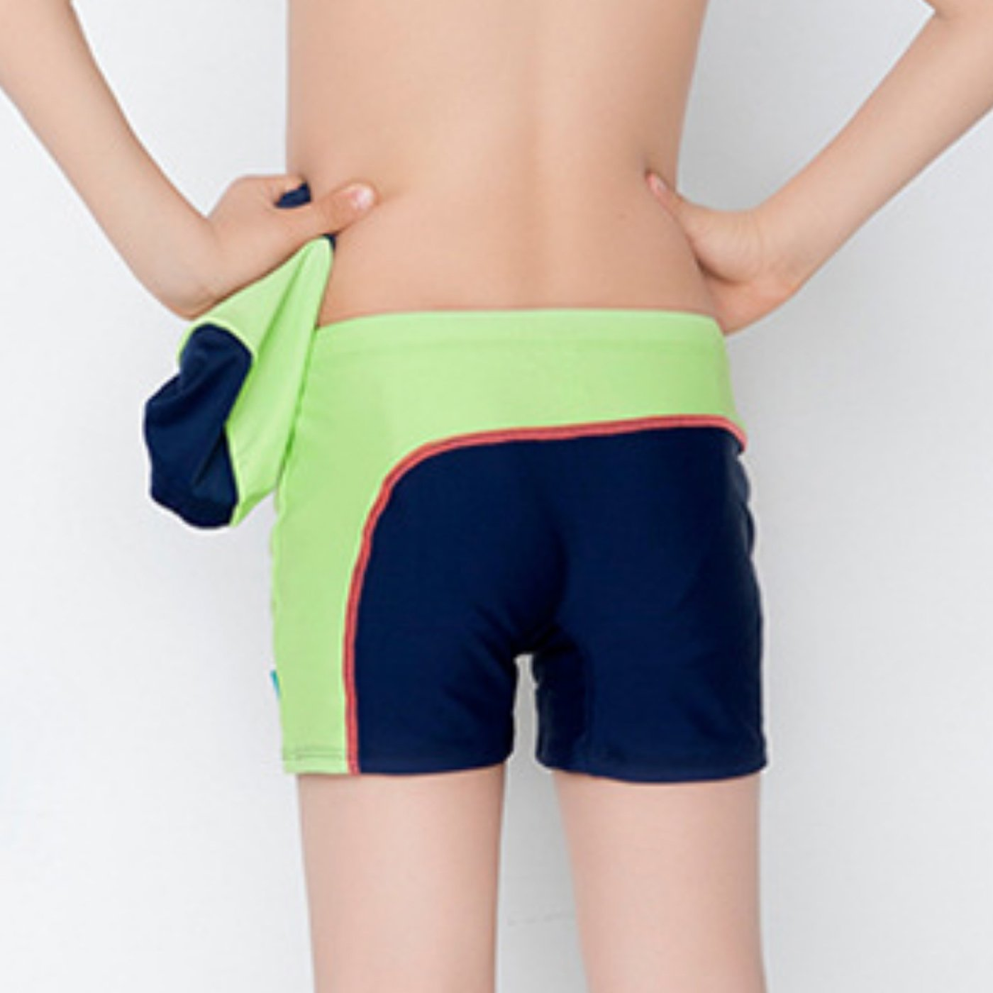 40a1eda7526d1 Amazon.com: Boys Splice Swim Shorts Polyester Swim Trunks with Swimming Cap  Size 12-18: Clothing