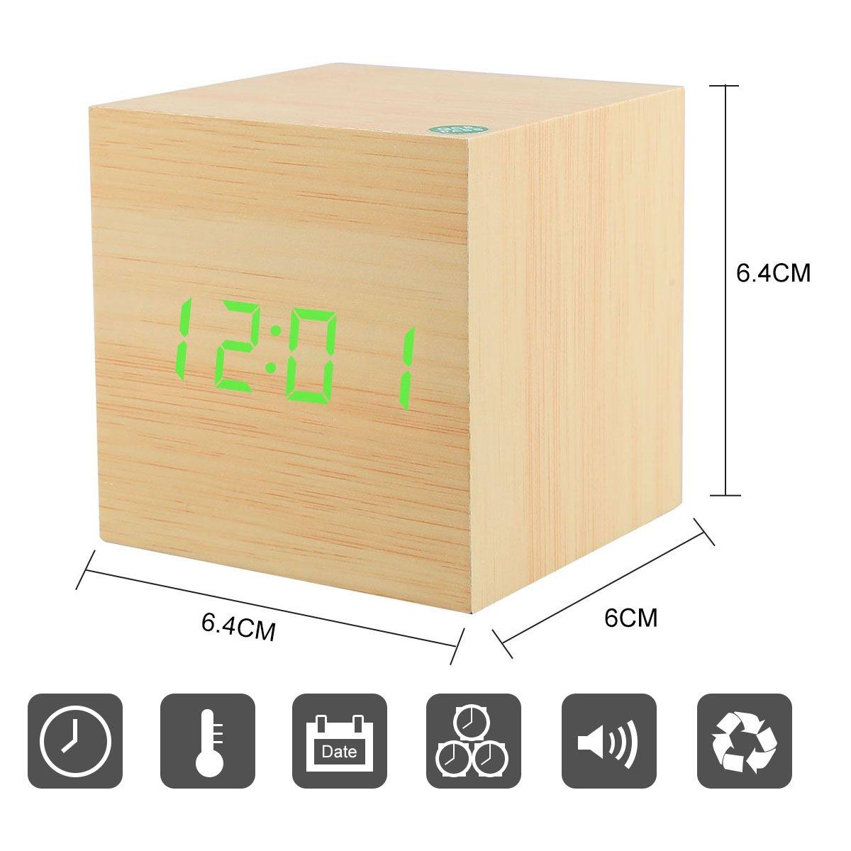 Soyion LED Réveil en Bois Affichage numérique avec Contrôle LED Horloge de Bureau Décorez Votre Maison et le Bureau, Alimenté par USB ou Batterie - Forme Cube (Bois cube & vert mot) (Square)