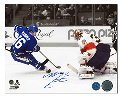 low priced cdf74 27203 Mitchell Marner Signed Photo - Mitch Rookie Breakaway Goal ...