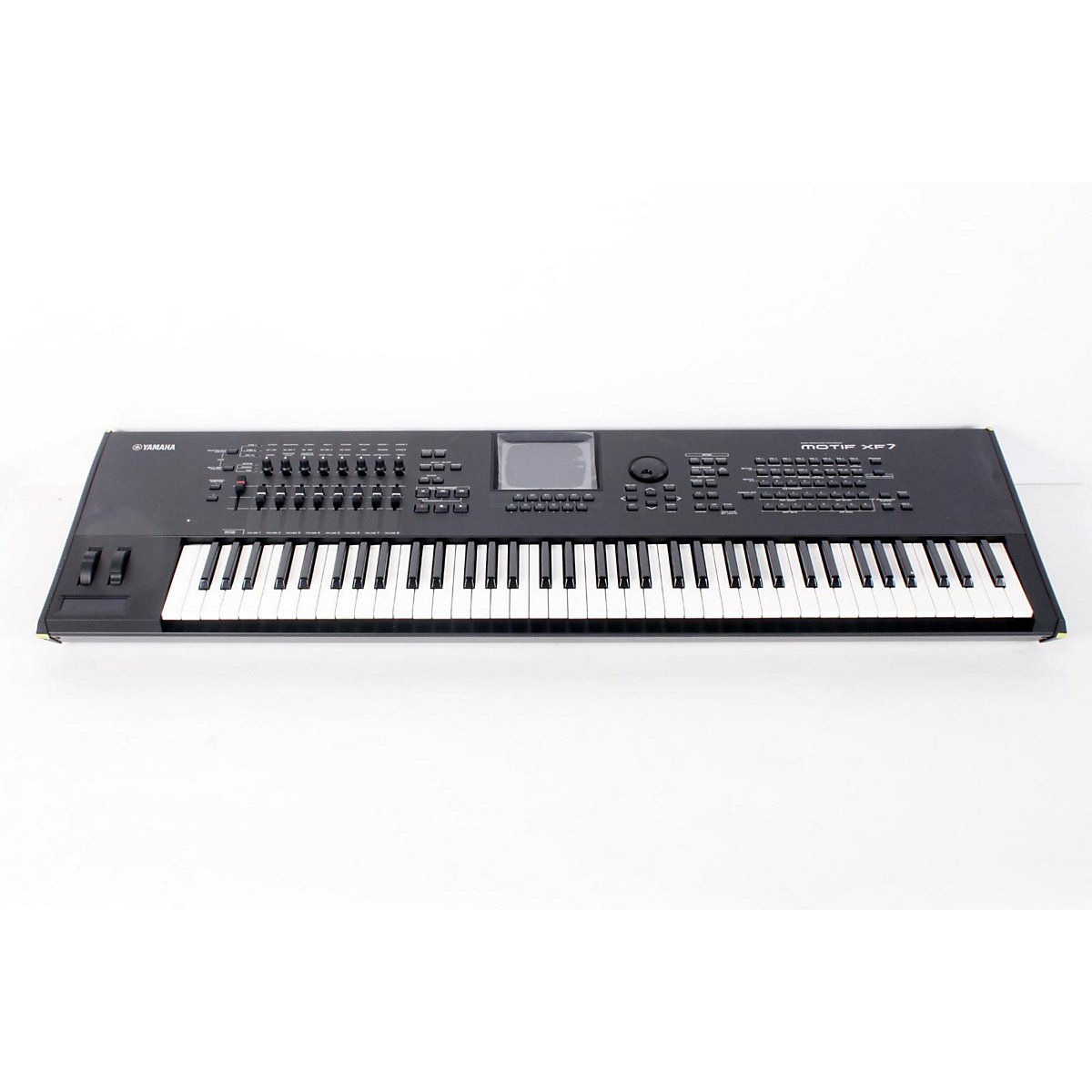 Yamaha MOTIF XF7 76-Key Music Production Synthesizer Regular