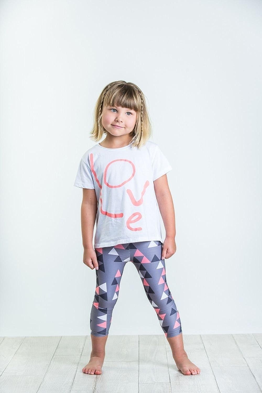 Joah Love Capri Triangle Print Leggings