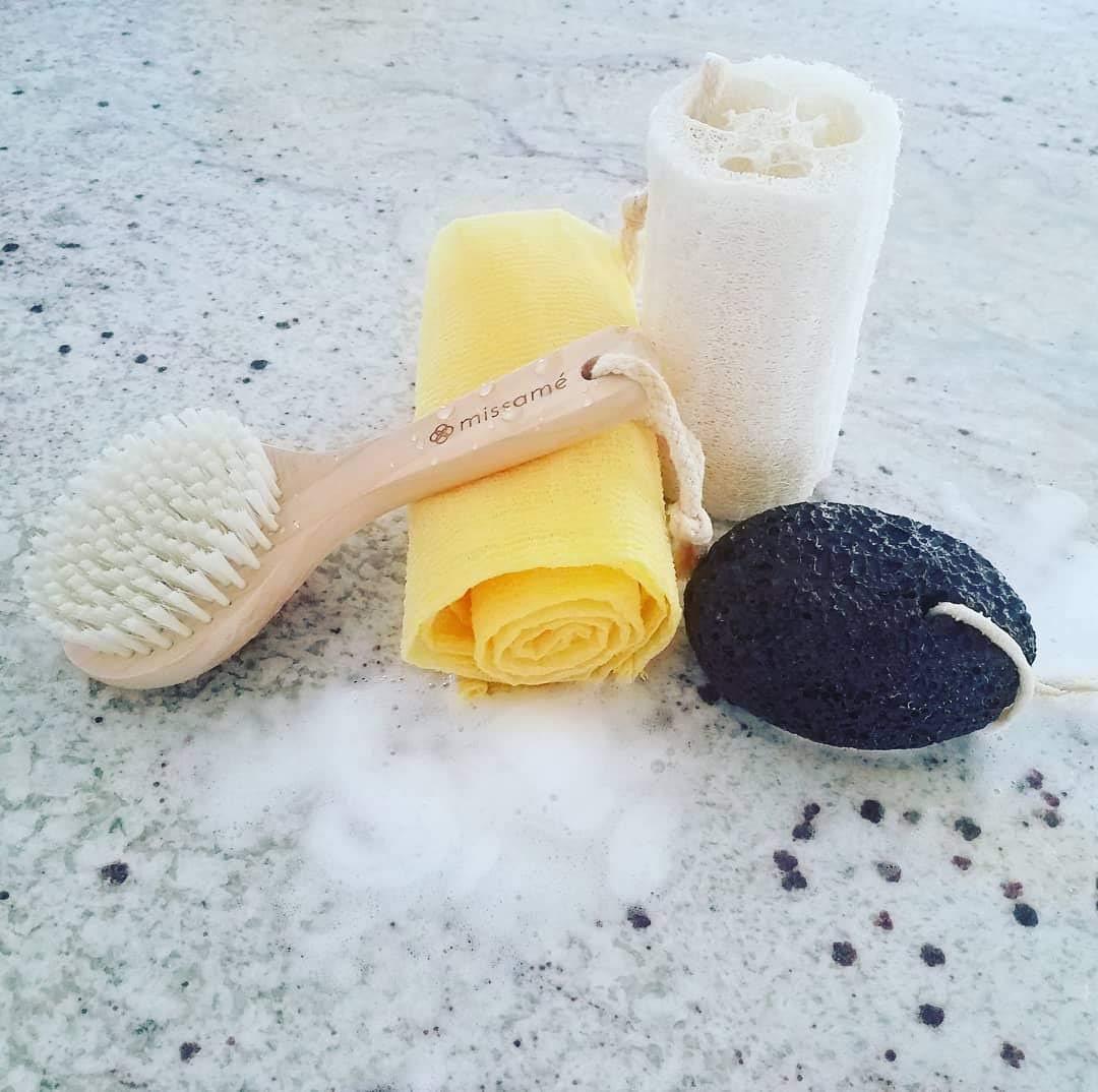 Exfoliating Kit Set - Body Brush With Handle, Loofah Sponge, Bath Towel And Pumice Stone For Feet
