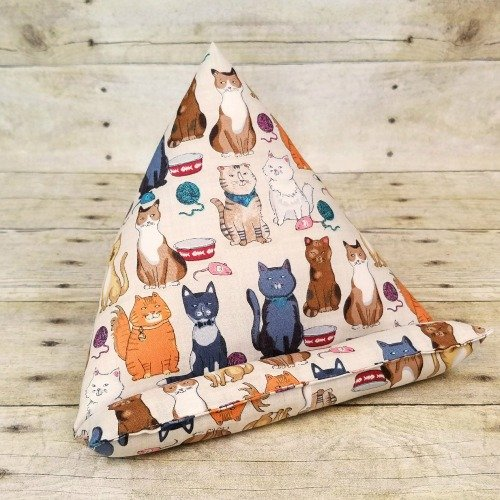 iPad-Kindle-Stand-Gift-for-Cat-Lover-Cute-Tablet-Stand-for-Moms-and-Pet-Lovers-iPad-Mini-Nook-Kindle-Fire-for-Teens-Gift-Cat-Mom-Gift