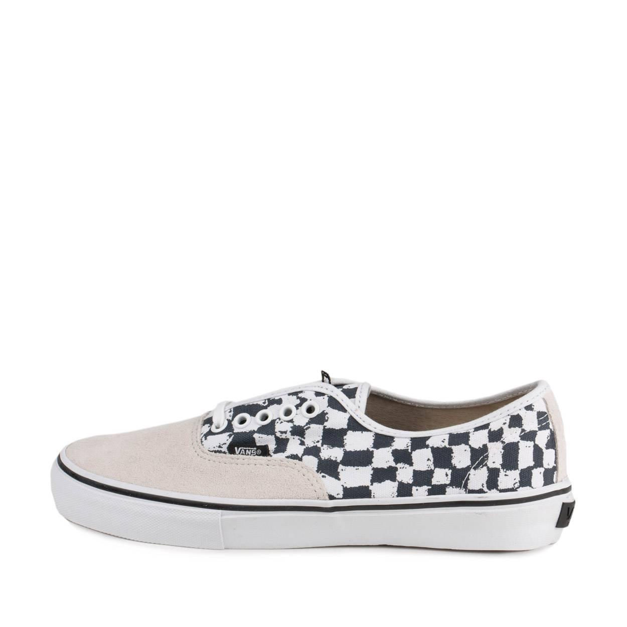 2ee4c05aaf Vans Men s Technical Skateboarding Shoes Black Harmony KORINE White   Amazon.co.uk  Shoes   Bags