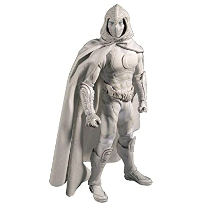 Mezco One:12 Collective Moon Knight: Home & Kitchen