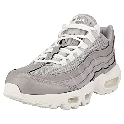 new styles 692ad 8bffc Amazon.com | Nike Women's Air Max 95 Premium | Shoes