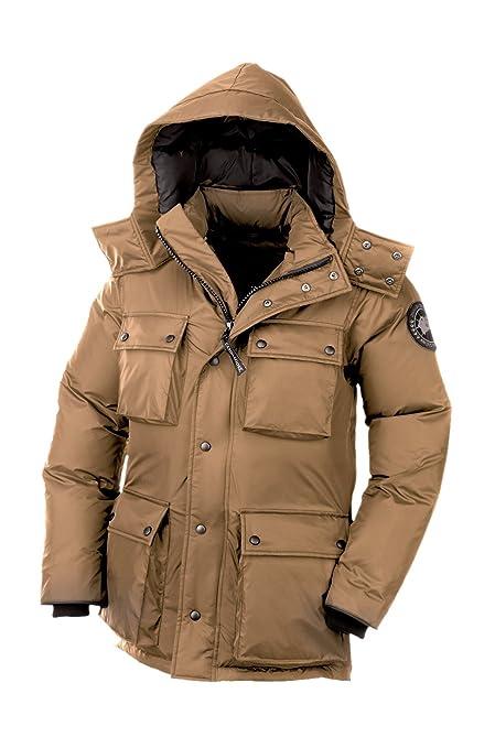 amazon com canada goose mens manitoba jacket wasaga sand large rh amazon com