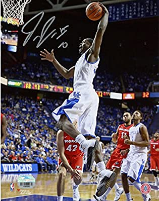"Julius Randle Kentucky Wildcats Autographed 8"" x 10"" Dunking Photograph - Fanatics Authentic Certified"