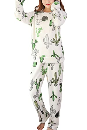 772bdbecca Amazon.com  Winter s Flannel Pajama Cute Cactus Sleepwear Big Girls ...