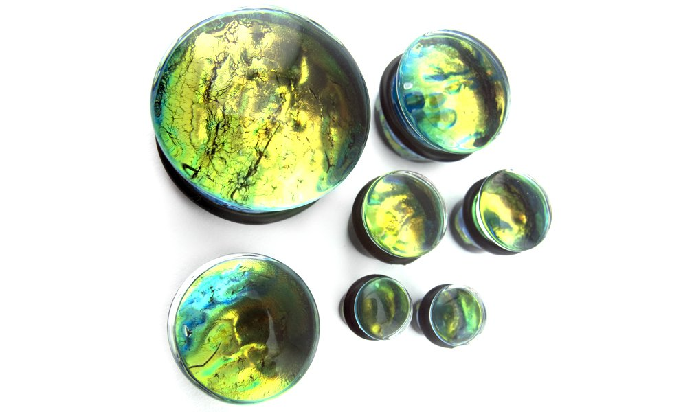 Pair of Green Dichroic Glass Plugs 00 Gauge (00G - 10mm) - Single Flare