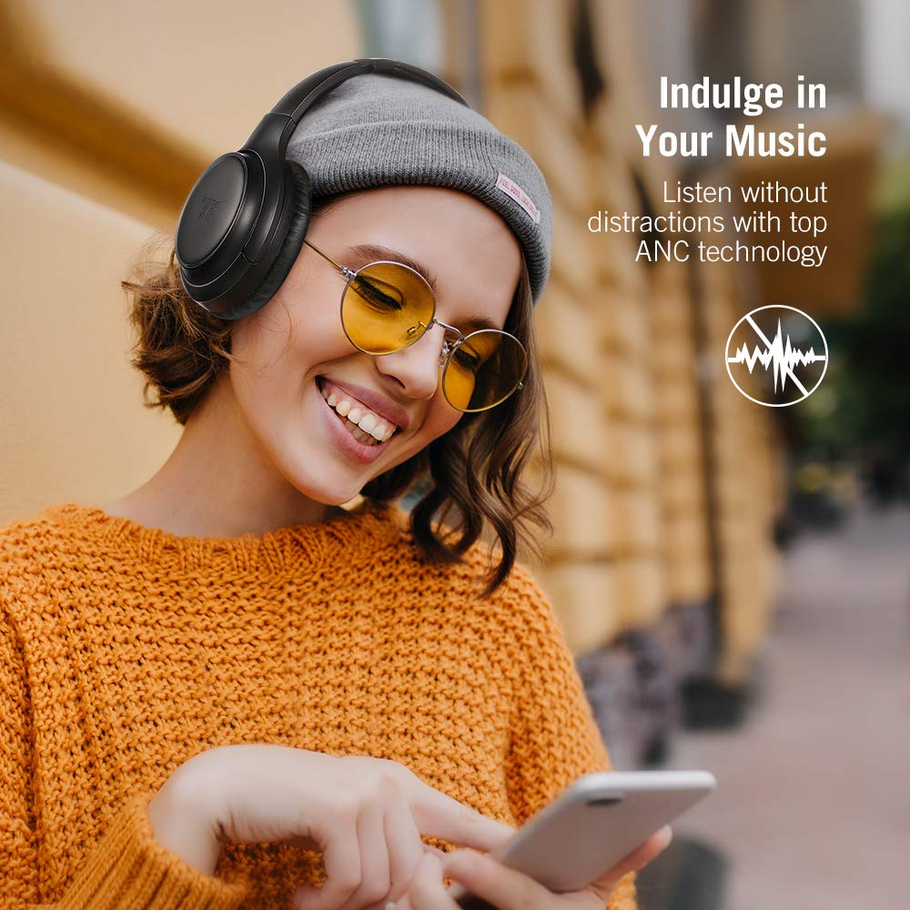 TaoTronics Active Noise Cancelling Headphones [2019 Upgrade] Bluetooth Headphones Over Ear Headphones Hi-Fi Sound Deep Bass, Quick Charge, 30 Hours Playtime for Travel Work TV PC Cellphone